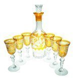 Crystal set with a hunting motif carafe and glasses for whisky
